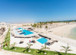 Oman_hotel_al_fanar_sea_views