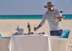 fanar-hotel-and-residences-hawana-salalah-oman-breakers-restaurant-lunch-by-the-beach