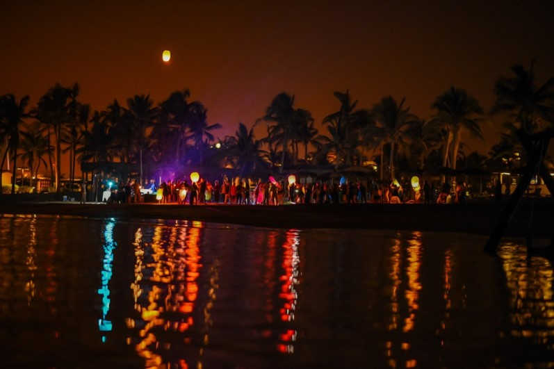 Beach Party & Sky Lanterns @ Hawana Salalah